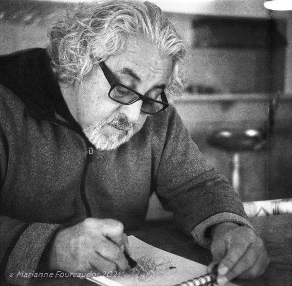 Redécouvrez Saint-Joseph-de-la-Rive avec Humberto Pinochet en vous initiant au dessin grâce à cet atelier d'observation sur le terrain.